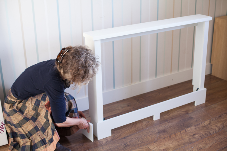 Fixing side skirting to a Jali bespoke rdiator cabinet